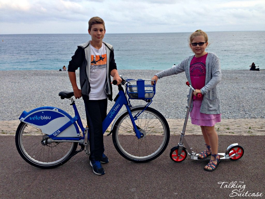 biking-along-the-promenade-des-anglais