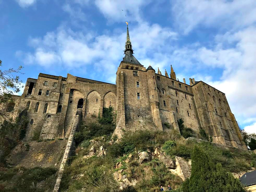 mont st michel travel tips 10 things to know visiting mont saint michel. Black Bedroom Furniture Sets. Home Design Ideas